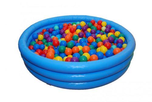 Надувной бассейн с мячиками