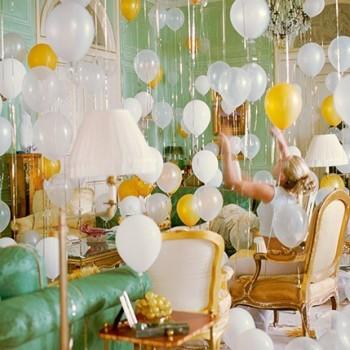 Праздничное украшение комнаты