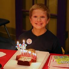 Топ лучших подарков сыну на 6-10 лет