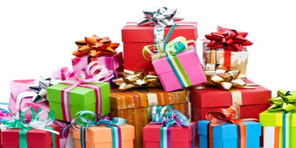 красиво упакованные подарки для дружбана
