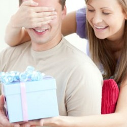 Выбираем подарок парню на 15-18 лет