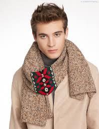 Красивый и стильный шарф