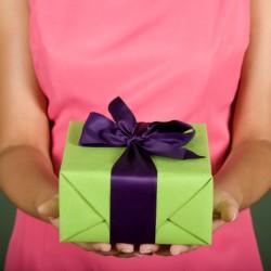 Лучшие подарки парню на месяц встречаний