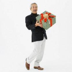 Выбираем лучшие подарки папе на 60-69 лет