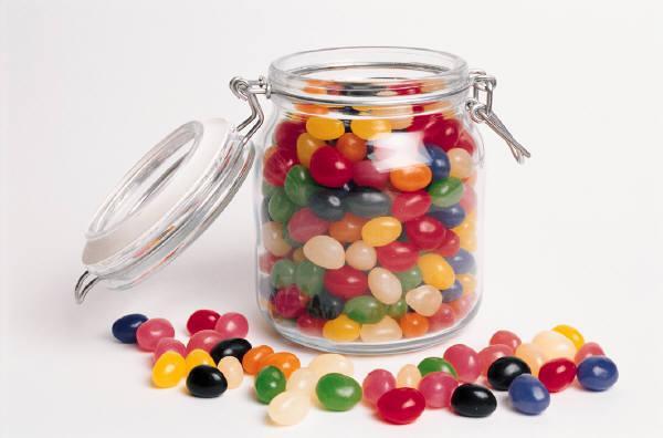 баночка со сладостями