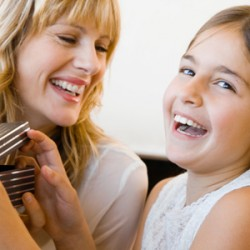 Топ 25 подарков дочке на 8 марта