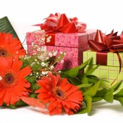 Топ 20 подарков женщине на день рождения